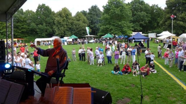 2015: Blick ins Publikum (Foto: Manfred Weiler)