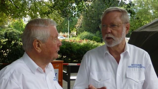 2012: Sänger Egon Scherping und Hans-Kurt Süßmilch (Foto: Manfred Weiler)
