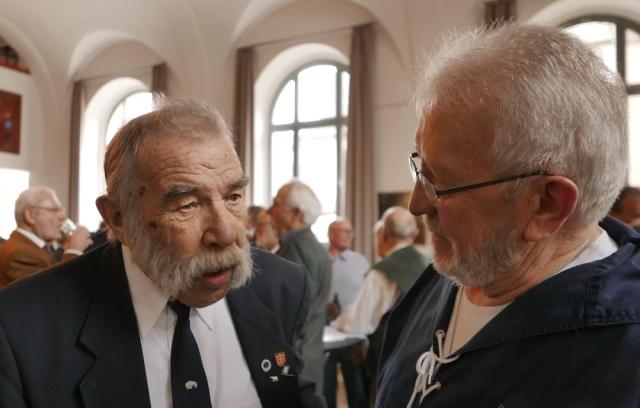2018: MK-Mitglied Reinhard Stenzel und Sänger Heinz Pinkernell (Foto: Imke Weiler)