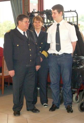 2012: Kapitän Walter Schmitz, Petra Gottschlich, Bootsmann Alexander Gottschlich (Foto: Imke Weiler)