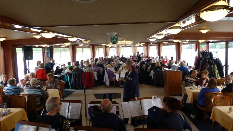 2013: Blick ins Publikum (Foto: Manfred Weiler)