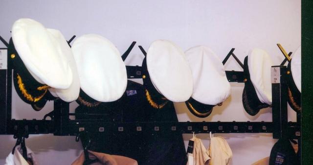2010: Impression an der Garderobe (Foto: Hans-Joachim Heldt)