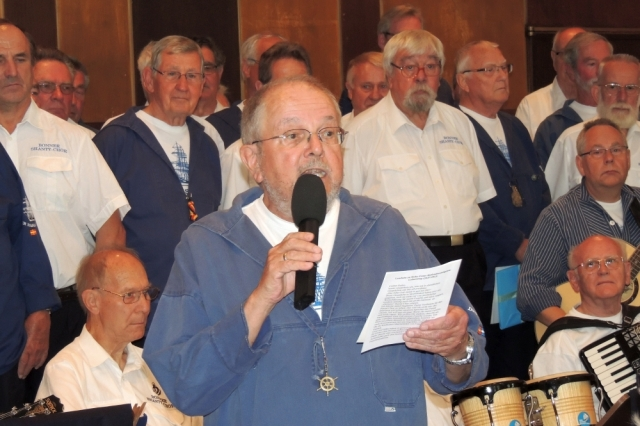 2013: Ansprache Roloff Spanuth vom Passat-Chor (Foto: Achim Haupt)