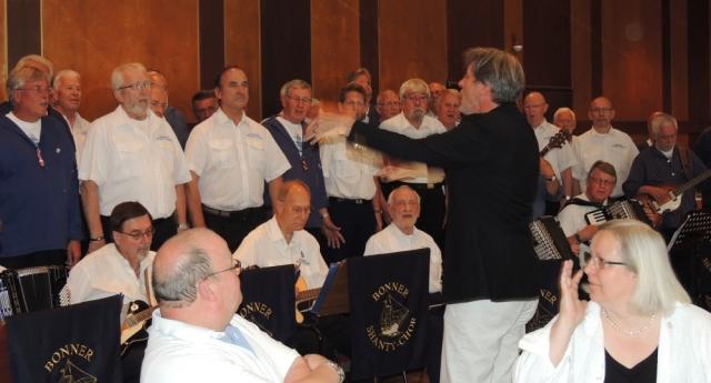 2013: Gemischter Chor und dem Dirigat von Stephan Fleck (Foto: Achim Haupt)