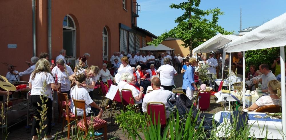 2015: Blick in die Zuhörerschaft (Foto: Manfred Weiler