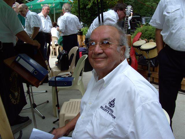 2008: Hans Steinbach, Bassgitarre (Foto: Imke Weiler)