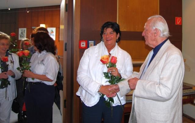 2008: Es gratuliert: Ingrid Krayer (Foto: Achim Haupt)