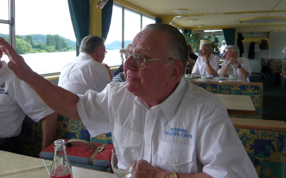 2008: Schiffstour am Folgetag: Sänger Horst Koszuch (Foto: Achim Haupt)