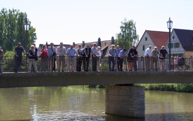 Auf der Neckarbrücke in Rottenburg
