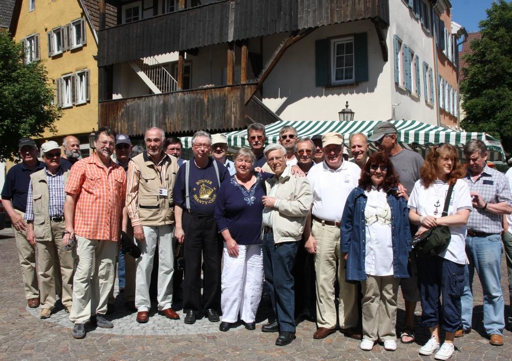 2009: Beim Stadtrundgang (Foto: Marlies Wagner)