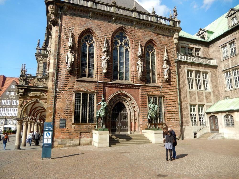 2018: Bremen, Rathaus (Seitenansicht) (Foto: Wilfried Bennerscheidt)