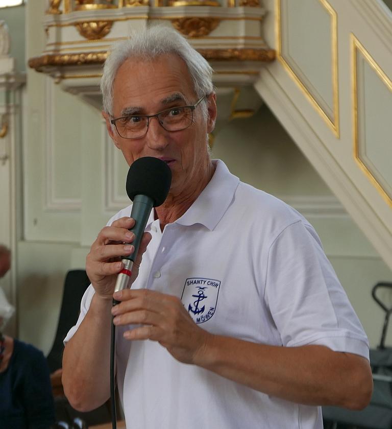2018: Rainer Bay, musikalischer Leiter der Bisttalmöwen (Foto: Manfred Weiler)