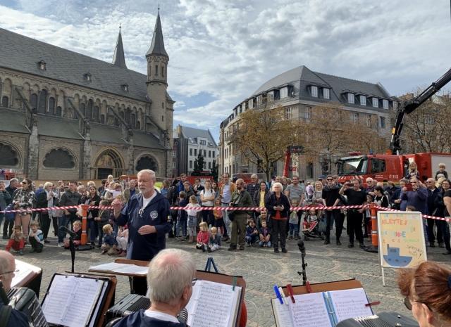 2019: Tag der Feuerwehr: Blick ins Publikum (Foto: Manfred Weiler)