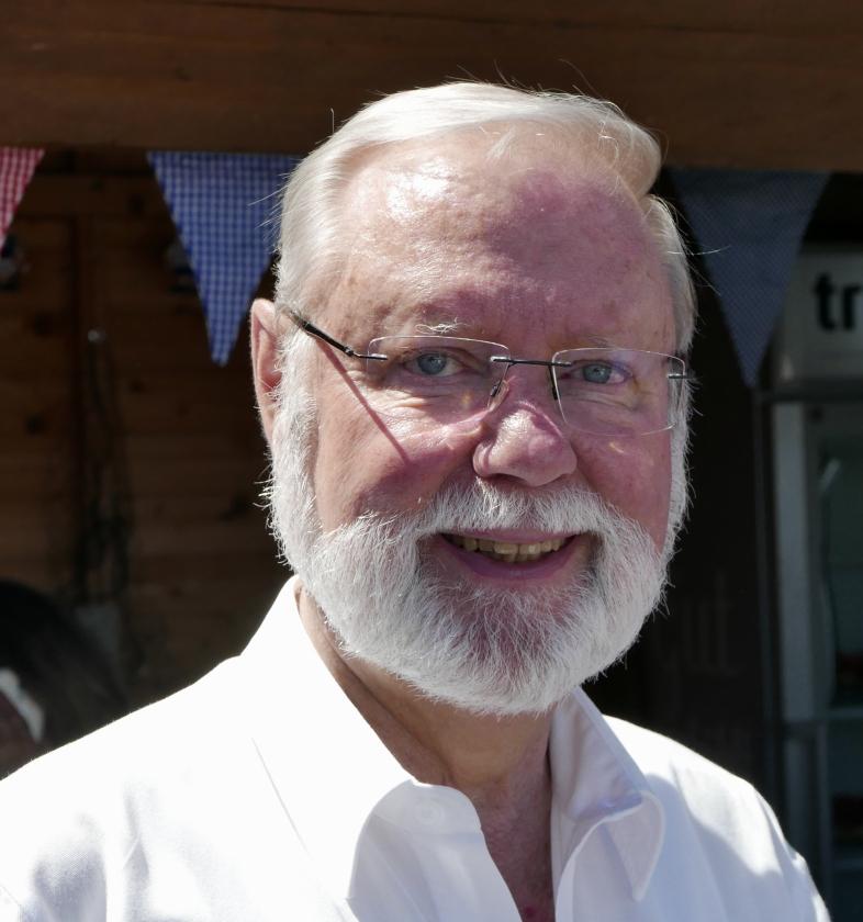 2017: Sänger und Manager Hans-Kurt Süßmilch (Foto: Manfred Weiler)