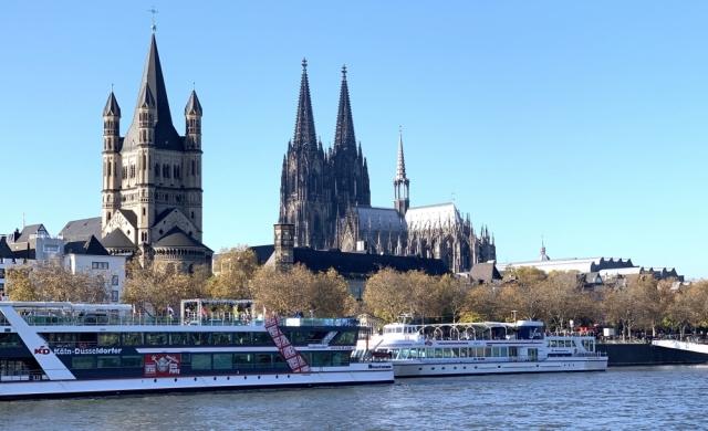 2019: Ziel der Ausflugsfahrt: Köln mit Kirchen Groß St. Martin und Dom (Foto: Manfred Weiler)