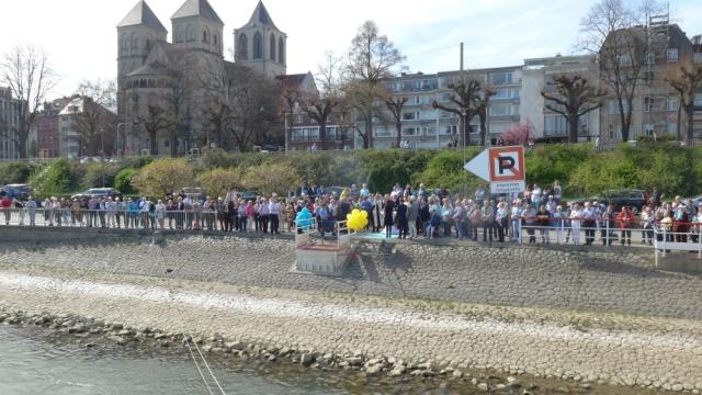 2017: Das Taufpublikum (Foto: Manfred Weiler)