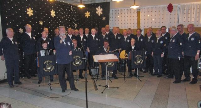 2011: Vorweihnachtliches Konzert: Begrüßung durch Hans-Kurt Süßmilch (Foto: Gerhard Meyer)