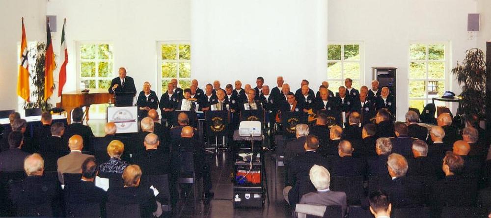 2010: BONNER SHANTY-CHOR bei der Gründungsveranstaltung des Freundeskreises EGV (Einsatzgruppenversorger) Bonn (Foto: Hans-Joachim Heldt)