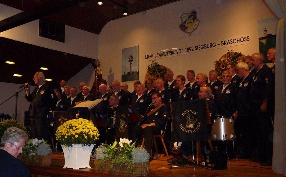 2009: BONNER SHANTY-CHOR in Siegburg-Braschoß (Foto: Imke Weiler)