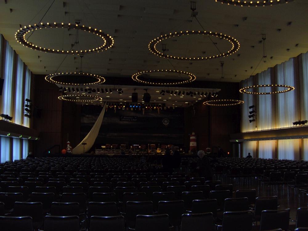 2007: Stadthalle Bonn-Bad Godesberg - noch leer (Foto: Imke Weiler)
