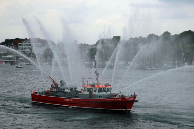 2006: Feuerlöschboot (Foto: Behrens)