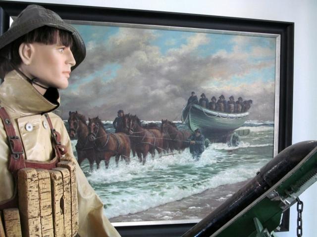 2018: Aus früherer Zeit: Von Pferden gezogenes Rettungsboot (Foto: Peter Reichelt)
